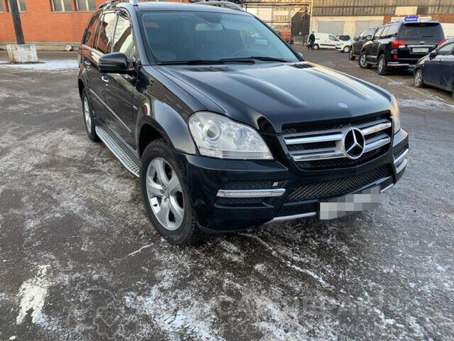 Ремонт двери и крыла Mercedes-Benz