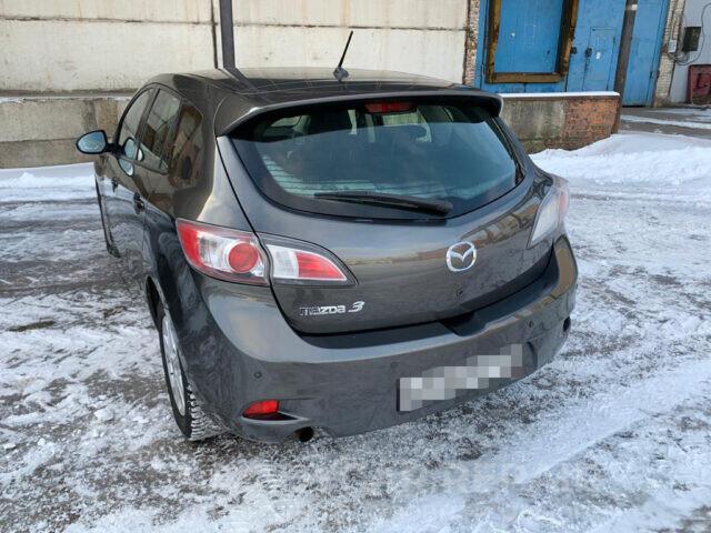 Ремонт задней части кузова Mazda 3