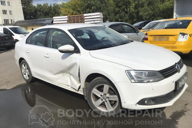 Замена передней двери Volkswagen Jetta